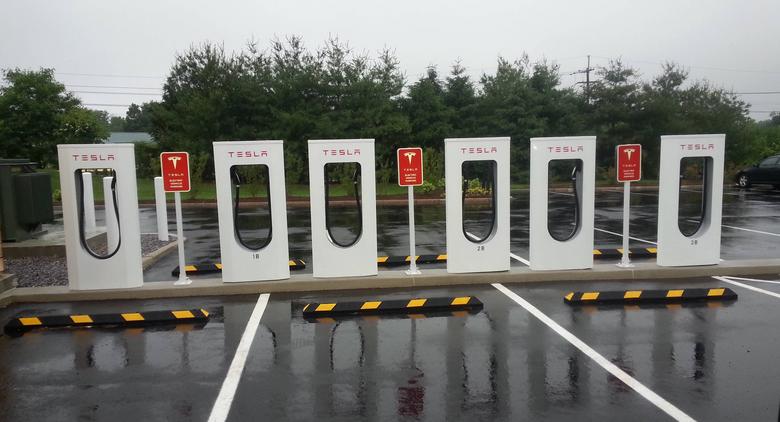 Tesla-superchargers