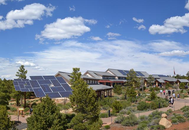 Grand-canyon-solar
