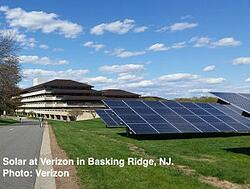 Verizon-solar-farm-Basking-Ridge-NJ-300x227