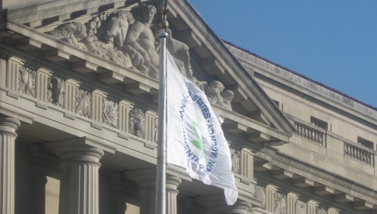 states react to EPA's Clean Power Plan