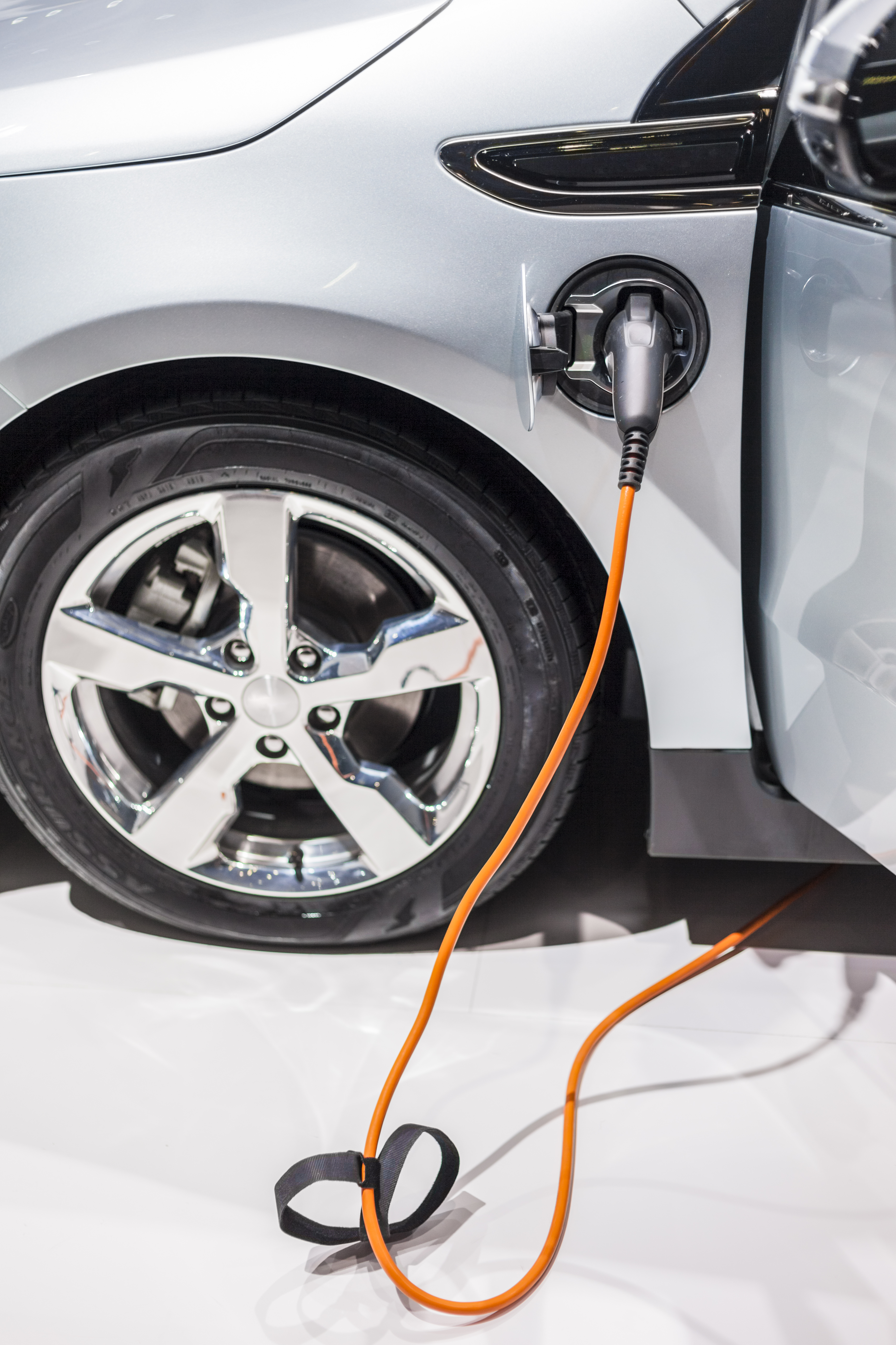 Electric vehicle market 2013