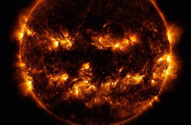 NASA-solar-halloween-634589-edited.jpg