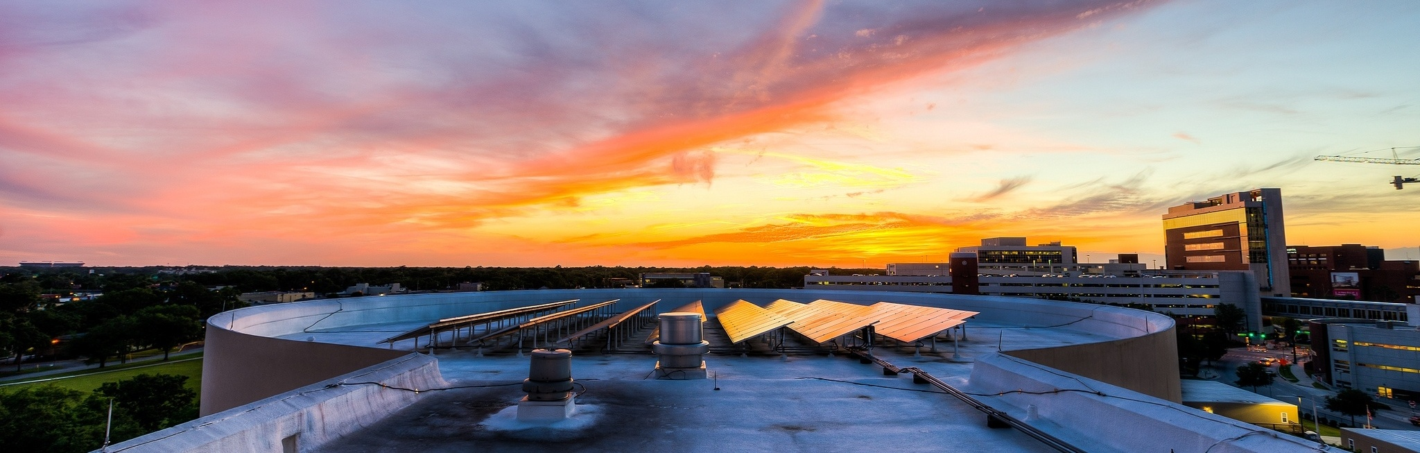 Sunset_from_the_Orlando_Science_Center_by_Jeff_Krause-709383-edited