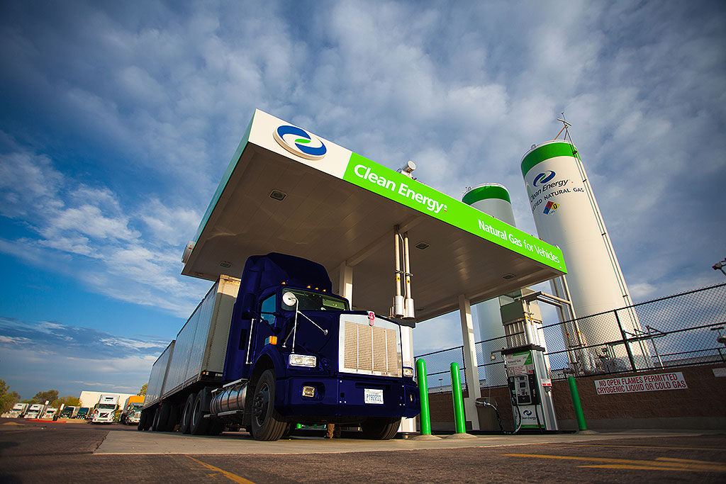 6.3 LNG-CNG-Fueling Infrastructure.jpg