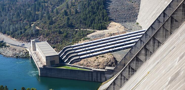 Hydroelectric_Power_Plants-924891-edited.jpg