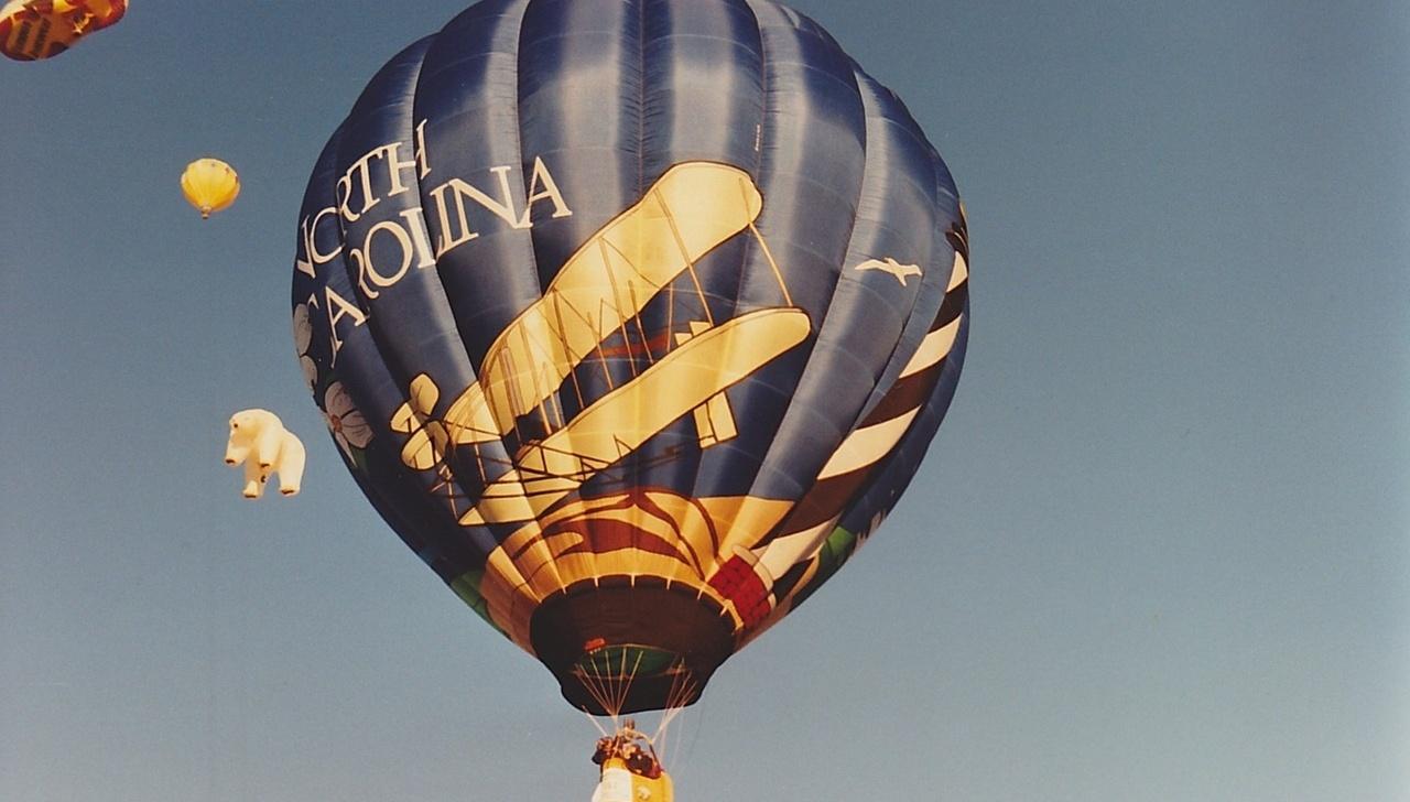 hot-air-balloon-616730_1280-661115-edited