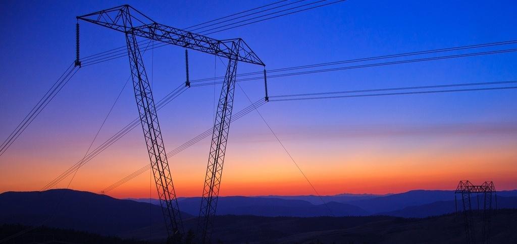 powerline-sunset-murray-foubister-179431-edited.jpg