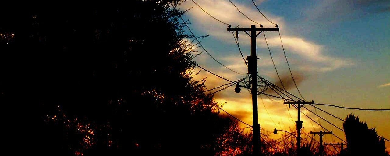 powerlines-sunset-Eli_Braud-creative-commons-140989-edited.jpg