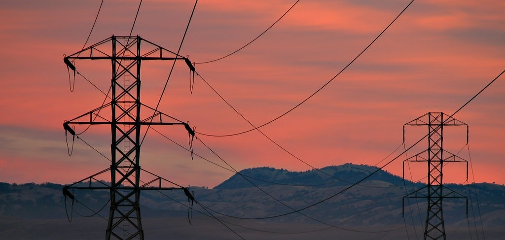 powerlines-sunset-Tom-Burke-cropped