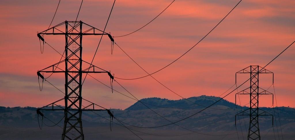 powerlines-sunset-Tom-Burke-cropped