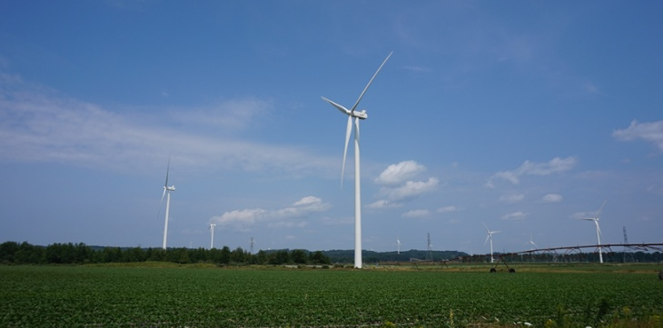 wind-turbines-michigan-drew-buikema-730